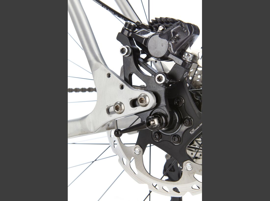 rb-0817-8bar-mitte-3in1-road-pro-detail-01-benjamin-hahn (jpg)