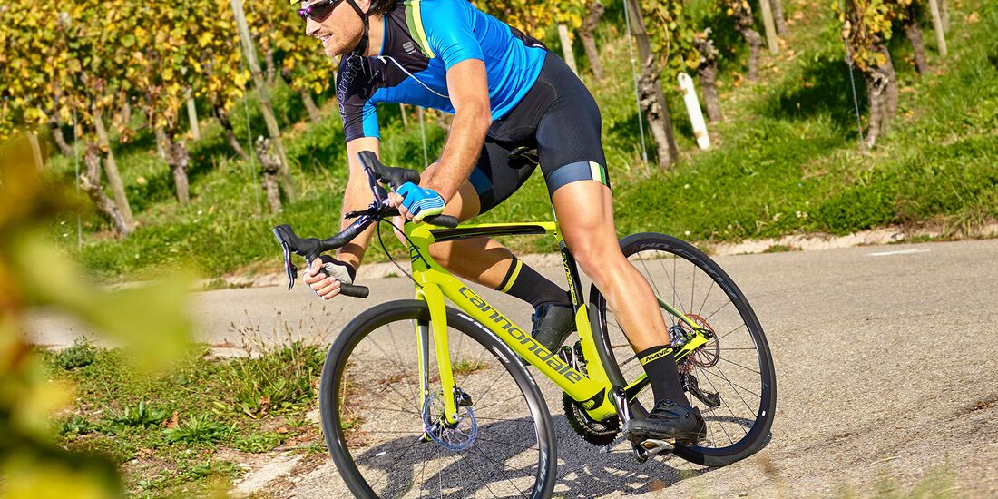 rb-1217-rennraeder-2018-cannondale-synapse-carbon-disc-red-etap-bhf-einzeltests (jpg)