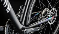 rb-2017-canyon-ultimate_wmn_cf_slx_disc_bottom_bracket