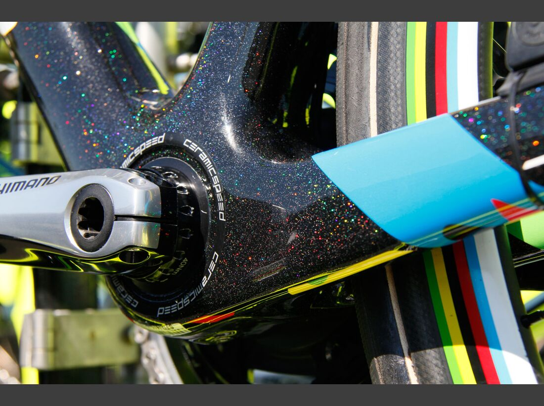 rb_custom_tour_sagan_2016_03 (jpg)