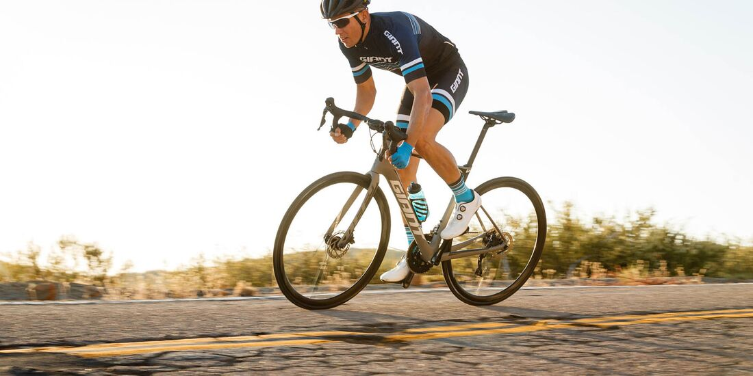 rb-giant-defy-advanced-pro-0-action-1-2019.jpg